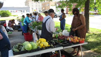 Greater Kansas City Food Policy Coalition works for better access and affordability of local foods