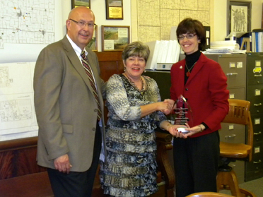 From left to right: CAC member Terry Thompson